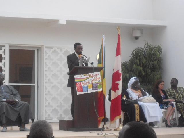 Professeur MATESO Quinzaine de la Francophonie Dakar 2012: « Crédit photo : Etienne (Billy) TSHISHIMBI ».