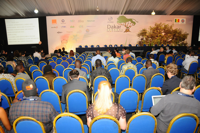 Grande salle ICANN 42 Dakar 2011 par Icannphotos (Flickr de Yahoo)
