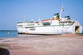 Le Joola à Ziguinchor en 1991 photo prise sur le site  http://fr.wikipedia.org/wiki/Joola