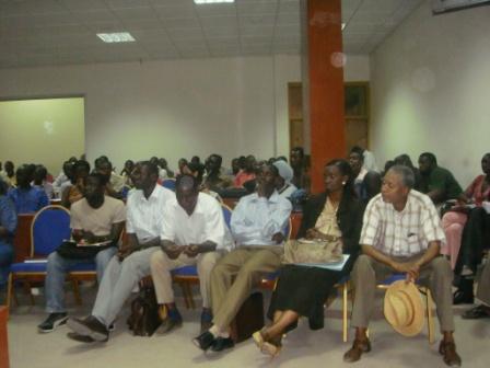 Auditoire 2 lors de la journée du parrain à lUniversité Cheikh Anta Diop (UCAD) à Dakar