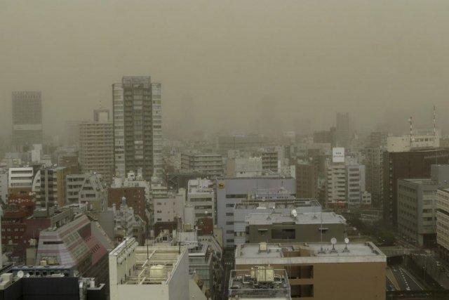 Tokyo recouverte par une tempête de poussière Photo prise sur le site www.lapresse.ca